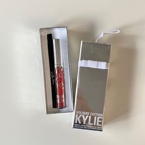Kylie Cosmetics Limited Edition Merry Lipkit